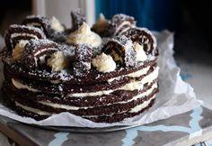 Kókuszos keksztekercstorta My Recipes, Cookie Recipes, European Dishes, Hungarian Recipes, No Bake Treats, Cake Cookies, Oreo, Fudge, Cheesecake