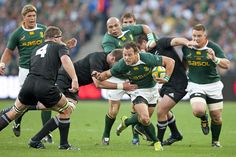 To watch a game with the springboks and all blacks live! All Blacks, Rugby Players, Barbarian, Gentleman, Bucket, African, Game, Watch, Sports