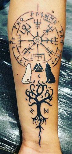 Viking Compass Tattoo, Viking Tattoo Sleeve, Viking Tattoo Symbol, Pagan Tattoo, Wolf Tattoo Sleeve, Forearm Tattoo Men, Leg Tattoos, Body Art Tattoos, Tribal Tattoos