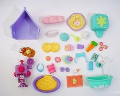 Littlest Pet Shop Accessories 30 Piece Lot Camera Tub Food Toys Plus LPS