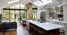 Houzz Interior Design, Interior Design Awards, Interior Decorating, Open Plan Kitchen Living Room, Kitchen Dining Living, Large Open Plan Kitchens, Open Space Living, Open Plan Living, House Extension Design