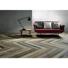 Een visgraatvloer geeft de ruimte extra sfeer en karakter | Vloertegel Fioranese Wood Mood 8,9x90,6x1 cm Rovere 0,9672M2