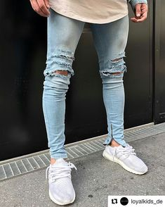 - Calça bem estilosa da @loyalkids_de Blue Destroyed Jeans with Silver Zip Available! #LKDS #ArmarioMan #White #Estilo #Jeans #Blu #Calça #Masculina #Follow #InstaFollow #Segue