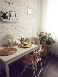 Пол- пвх плитка практичней ламината и линолиума Apartment Kitchen, Home Decor Kitchen, Kitchen Design, Ikea Interior, Apartment Interior Design, Snug Room, Home Organisation, Scandinavian Kitchen, Minimalist Home