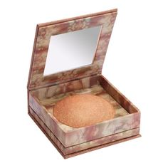 FOR TAN SKIN TONES: URBAN DECAY NAKED ILLUMINATOR - Our smooth, silky powder contains a sophisticated, microfine shimmer. Dust it on wherever you want to create an instant Naked glow!