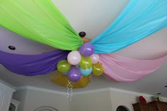 Birthday Decorations - cheap plastic tablecloths and balloons Cheap Party Decorations, Birthday Decorations, Birthday Bash, Birthday Parties, Birthday Ideas, Birthday Recipes, Birthday Nails, Bday Girl, Super Party