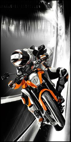 Enduro Motorcycle, Moto Bike, Motorcycle Art, Custom Motorcycles, Custom Bikes, Cars And Motorcycles, Ktm Super Duke, Ktm Duke 200, Sportbikes