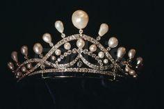 Tiara of the Countess of Paris