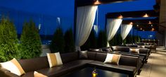Whiskey Blue at W Atlanta Buckhead - Best Hotel Rooftop Bar Nominee: 2015 Readers' Choice Travel Awards (Top View Rooftop Bar) Hotel Rooftop Bar, Rooftop Terrace Design, Rooftop Lounge, Rooftop Pool, Bar Lounge, Rooftop Garden, Terrace Ideas, Pergola Ideas, Restaurant Club