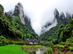Niebla sobre Wulingyuan (China)