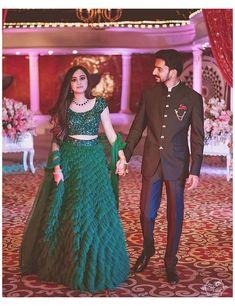 Bride Reception Dresses, Wedding Reception Outfit, Couple Wedding Dress, Wedding Dresses Men Indian, Indian Bridal Outfits, Indian Bridal Fashion, Indian Reception Outfit, Groom Wedding Dress, Indian Groom Dress