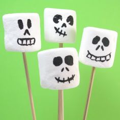 Terrifying+treats+for+Halloween:+Marshmallow+skeletons