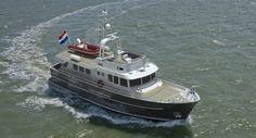 Altena Yachting bouwt verschillende boten zoals een trawler, jachten, en kanaalkruisers. Ook doen wij aan reparatie of renovatie van uw boot, dit noemen we refit. Neem contact op via onze website: www.altena-yachting.nl