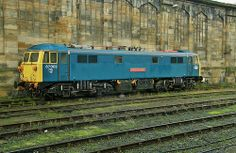 Class 87 Electric locomotive No. 87002 'Royal Sovereign' stabled at Carlisle Station on December This loco and Class 86 loco No. Electric Locomotive, Diesel Locomotive, Steam Locomotive, Union Pacific Train, Third Rail, Rail Train, Railroad Pictures, British Rail, Electric Train