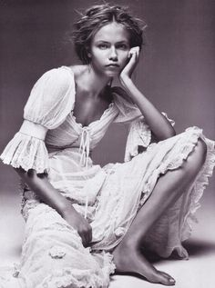 Innocence: Natasha Poly by Patrick Demarchelier for Vogue Paris 2005
