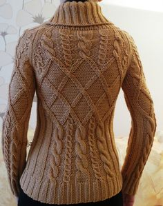 "Képtalálat a következőre: ""aran knitting patterns"" Aran Knitting Patterns, Cable Knitting, Vogue Knitting, Knitting Stitches, Knit Patterns, Hand Knitting, Pull Torsadé, Tricot D'art, Knitting Magazine"