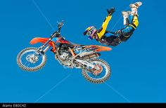 "Luc Ackermann (GER) shows spectacular FMX jumps at the 20th anniversary of ""freestyle.ch"", Europe's largest freestyle event at Zurich. © Erik Tham/Alamy Live News"