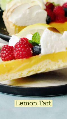 Lemon Desserts, Lemon Recipes, Tart Recipes, Just Desserts, Sweet Recipes, Delicious Desserts, Yummy Food, Fun Baking Recipes, Cooking Recipes