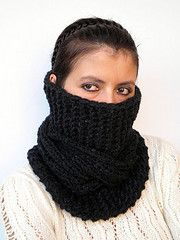 The World's Best Photos of cowl and woman Cable Cowl, Sweater Scarf, Knitting Patterns, Knitting Ideas, World Best Photos, Neck Warmer, Cowl Neck, Arm Warmers, Vogue
