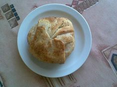 Hermelín v listovém těstíčku Muffin, Breakfast, Food, Morning Coffee, Essen, Muffins, Meals, Cupcakes, Yemek