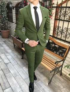 New Mens Fashion Trends, Mens Fashion Suits, Men's Fashion, Designer Suits For Men, Designer Clothes For Men, Great Suits For Men, Suit Guide, Blazer Outfits, Casual Outfits