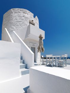 The Windmill Hotel - Kimolos by nikos reskos, via Behance Greece Today, Old Windmills, Greece Islands, Santorini Greece, Rooftop, Beautiful Places, Around The Worlds, Architecture, Behance