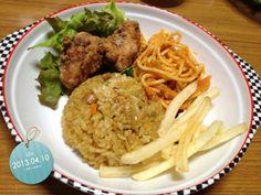 子供達の晩ご飯♡ - 46件のもぐもぐ - カレーピラフ、唐揚げ、ポテト、スパゲティ by ka7emama
