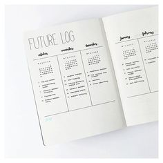 I thought it would be a great idea to show you a closer version of the future log since so many of you liked it! I decided to try a more natural look for my photos, I can't decide what kind of theme I want for my Instagram feed. I'm so indecisive when it comes to my photos, it's like my bullet journal. i need to change things all the time. I hope my experiments don't bother you! ____________ Ich dachte, es wäre eine gute Idee, euch eine Nahaufnahme des future Logs zu zeigen, da es s...