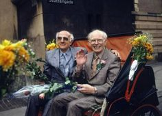 La primera pareja gay en casarse en el mundo, hoy hace 26 años