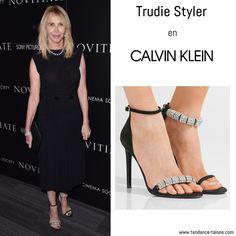 """Trudie Styler en sandales """"Camelle"""" signées Calvin Klein au """"Novitiate"""" film screening à New York"""