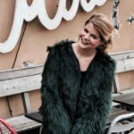 OOTD: Verliebt in die Handtasche von Radley London Radley, London, Fashion Inspiration, Fur Coat, Ootd, In Love, Handbags, Jackets, Fur Coats