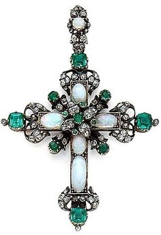 Emerald, opal, diamond, silver and gold cross pendant. Cross Jewelry, Gemstone Jewelry, Jewelry Necklaces, Jewellery, Victorian Jewelry, Antique Jewelry, Vintage Jewelry, Jewelry Accessories, Jewelry Design