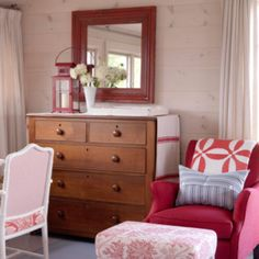 Sarah Richardson cottage...red chair, love color