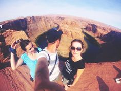 Us@Horseshoe bend