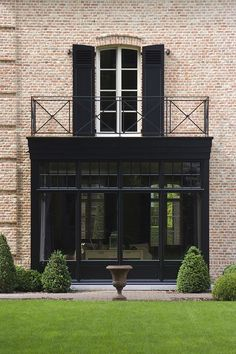 Best exterior ever! House architecture facade brick english british classic traditional modern conservatory window balcony black garden ideas Source by julemarquardt House Design, Windows, House Exterior, Exterior House Colors, Exterior Brick, Exterior Design, Brick, Black House, Bay Window