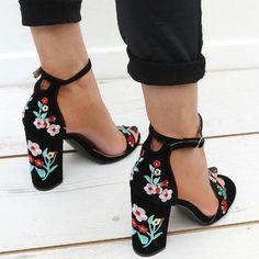 public-desire-shoes-myshoebazar.jpg (500×500)