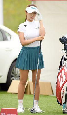 Ladies Golf, Female Athletes, Cheer Skirts, Korea, Tights, Celebs, Costume, Sport, Friends