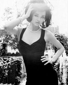 Magazine Must-Haves / Watch This Style: Miranda Kerr Hits Brooklyn ...