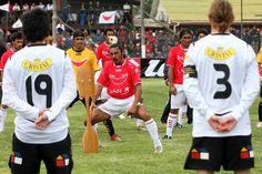 Jorque y Menita con #respect ante el pueblo Rapa Nui