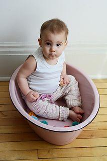 Knitting pattern, babies and kids leggings