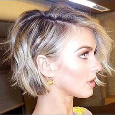 Short hairstyle and haircuts (220)