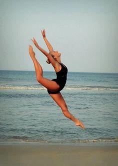 ...dance on the beach ♥