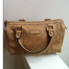 Tip: Gucci Handbag (Mustard)