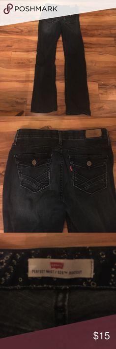 Size 6m perfect waist / 525 Levi boot cut jeans Perfect waist size 6m boot cut Levi's Levi's Jeans Boot Cut