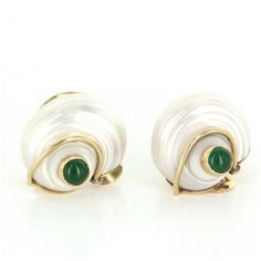 Pre-owned Seaman Schepps Turbo Collection Sea Shell 14K Ruby Emerald... (13.410 RON) ❤ liked on Polyvore featuring jewelry, earrings, ruby earrings, hinged earrings, seaman schepps earrings, clip-on earrings and shell jewelry