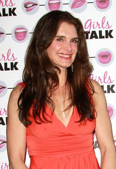Brooke Shields sexy, long hairstyle