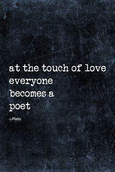 - Cuando te toca el amor , te conviertes en poeta . . . -    @swami1951
