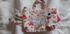 Berta Autos Berta, Diaper Bag, Bags, Autos, Hand Crafts, Repurpose, Cotton, Handbags, Diaper Bags
