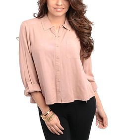 Darling,+distinguished+and+oh-so+comfortable,+this+mauve+button-up+top+is+a+must.+A+classic+silhouette+in+a+sweet,+versatile+hue+crafts+a+pretty+day-to-night+pick+that+can+be+dressed+up+or+down.