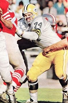 Henry Jordan Cleveland Browns 1957-58 and Green Bay Packers 1959-69.